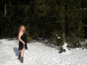 Loaven escort in Liederbach am Taunus